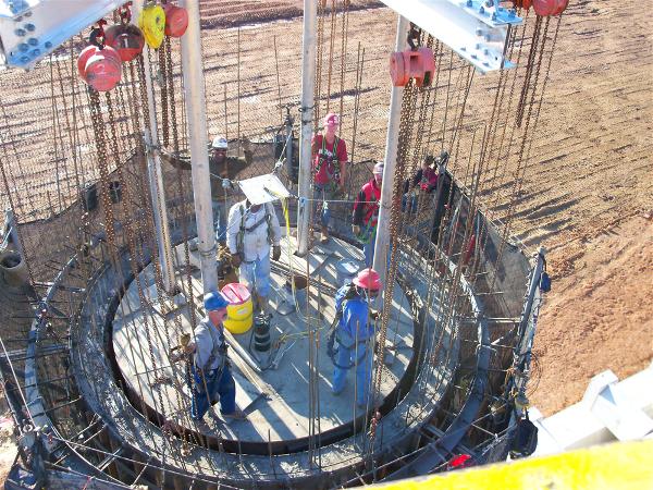 Jumpform silo construction